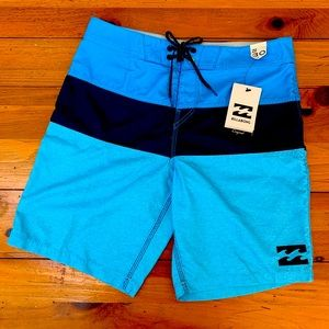 Billabong Mens Board Shorts Size 30 NWT